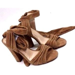 Shoe Republic LA Heels Size 6.5 Brown Velvet